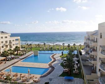 Capital Coast Resort And Spa - Paphos - Zwembad