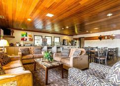 Quality Inn - La Crosse - Lobby