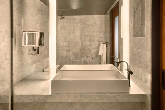 Sixty Beverly Hills - Beverly Hills - Bathroom
