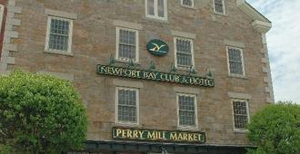 Newport Bay Club and Hotel - Newport - Building