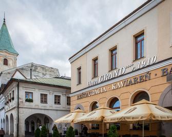 Hotel Grand - Жиліна - Building