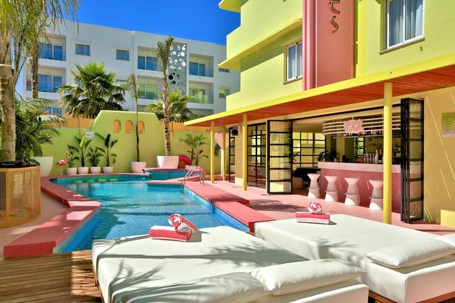 Tropicana Ibiza Coast Suites - Sant Jordi de ses Salines - Pool