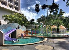 Bayview Beach Resort - Batu Ferringhi