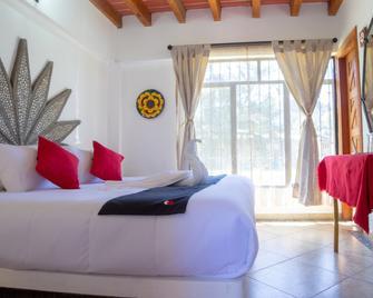 Capital O Valle Dorado - Valle de Bravo - Camera da letto