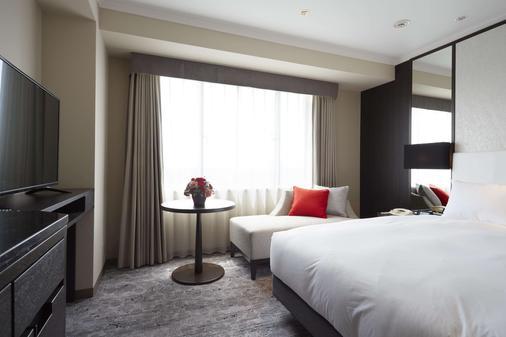 Nagoya Tokyu Hotel - Nagoya - Bedroom