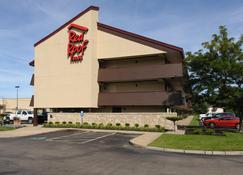 Red Roof Inn Akron - Akron - Edifício