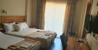 My Solmaz Hotel - Cesme - Bedroom