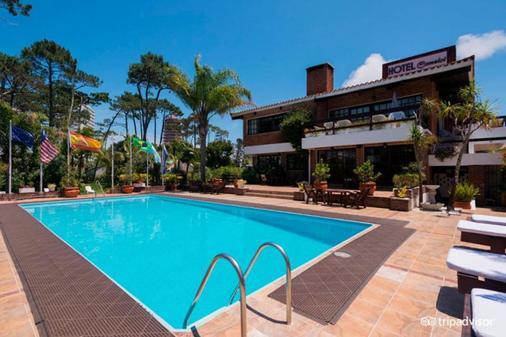 Hotel Camelot - Punta del Este - Pool