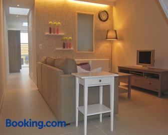 De Reep - Geraardsbergen - Living room