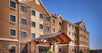 Staybridge Suites Cheyenne - שאיין