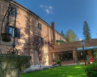 Albergo Il Picchio - Pescasseroli - Building