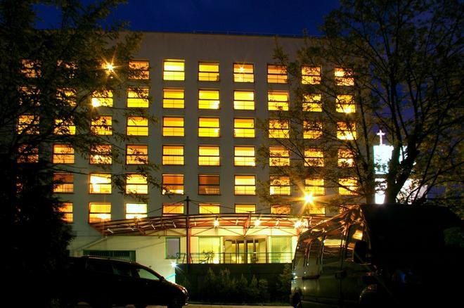 中心酒店 - 考納斯 - 考納斯 - 建築