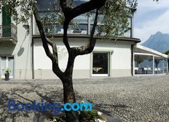 Iseo Lake - Castro - Building
