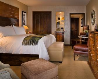 Madeline Hotel & Residences, Auberge Resorts Collection - Telluride - Bedroom