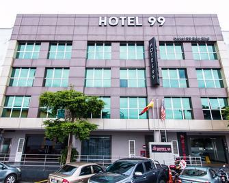 Hotel 99 Bandar Puteri Puchong - Puchong - Toà nhà