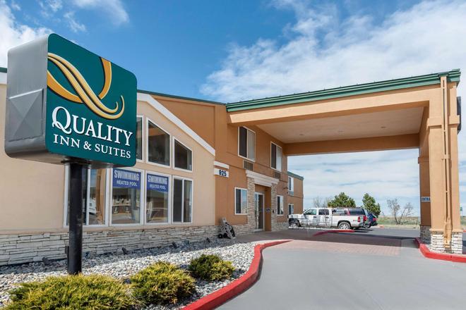 Quality Inn & Suites - Limon - Building