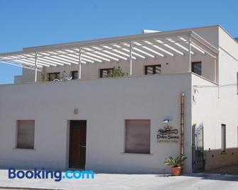 Dolce Siesta - Castelluzzo - Building