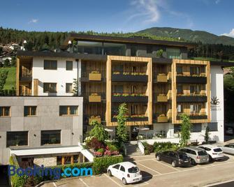 Alpin Hotel Sonnblick - Percha - Building