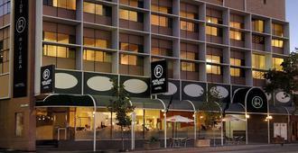 Adelaide Riviera Hotel - אדלייד - בניין