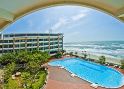 Vung Tau Intourco Resort - Vũng Tàu - Pool