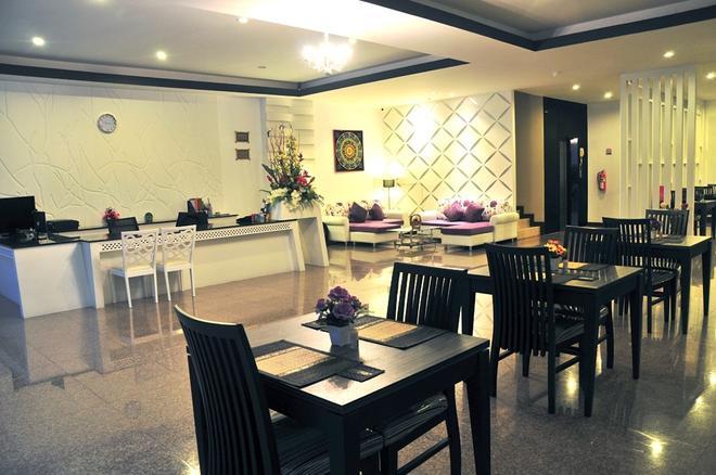 谷貢巴東酒店 - 巴東 - 芭東海灘 - 餐廳