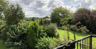 Ingleside House - Bolton - Outdoor view
