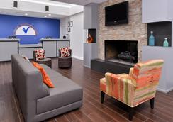 Americas Best Value Inn & Suites Extended Stay Tulsa - Tulsa - Hành lang