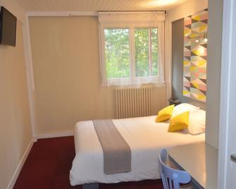 Hôtel Des Sables - Saint-Georges-de-Reneins - Bedroom