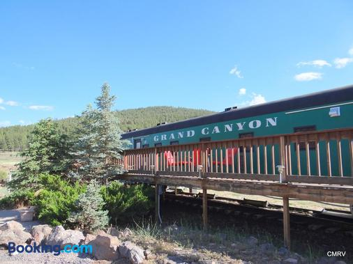 Canyon Motel and RV Park - Williams - Building