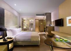 Holiday Inn New Delhi International Airport, An IHG Hotel - New Delhi - Bedroom