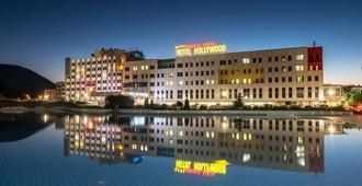 Hollywood Hotel - Sarajevo - Edificio