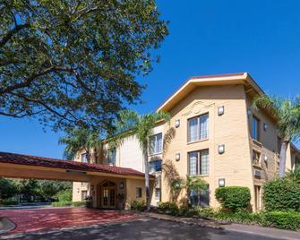 La Quinta Inn by Wyndham Deerfield Beach I-95 at Hillsboro E - Дирфилд-Бич - Здание