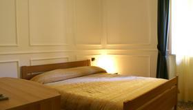 호텔 아미치 - 아그리젠토 - 침실