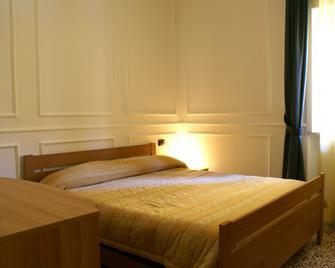Hotel Amici - Agrigent - Schlafzimmer
