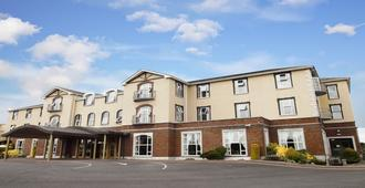 Woodlands Hotel - Waterford - Building