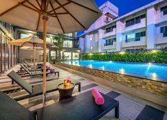 Plaai Prime Hotel Rayong - Rayong - Pool