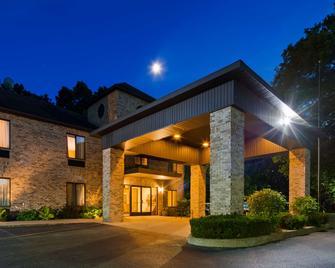 Best Western Plaza Hotel Saugatuck - Saugatuck - Budova