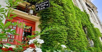Frontenac Club Inn - Kingston - Vista del exterior