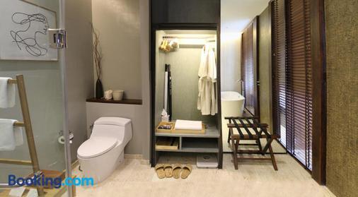 Atta Lakeside Resort Suite - Pak Chong - Phòng tắm