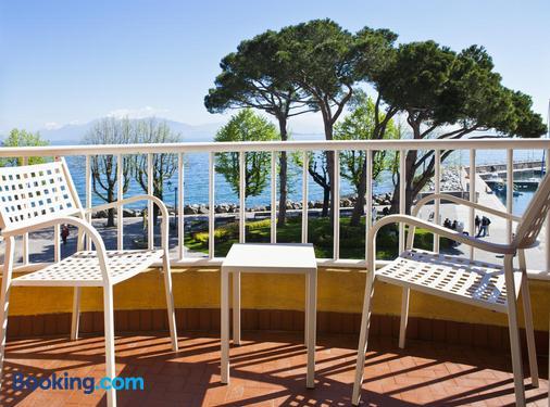 Hotel Vittorio - Desenzano del Garda - Balcony
