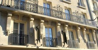 Le Marquis Eiffel - París - Edificio