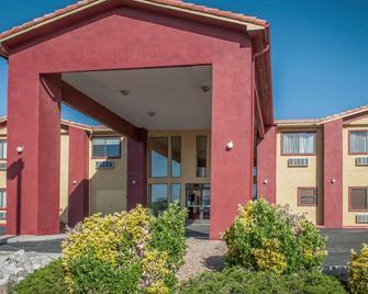 Quality Inn Rio Rancho - Rio Rancho - Building