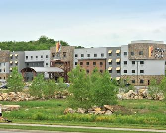 Stoney Creek Hotel & Conference Center Kansas City - Independence - Building