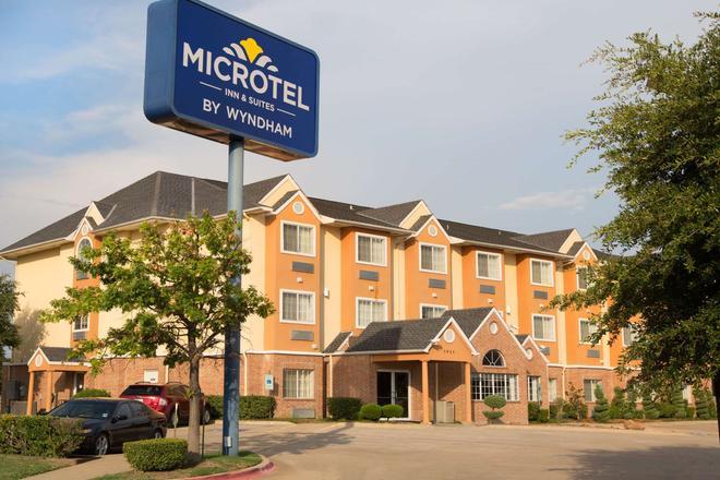 Microtel Inn & Suites by Wyndham Garland/Dallas - Garland - Rakennus