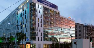 Novotel Suites Marseille Centre Euromed - Marseille - Building