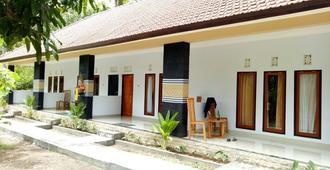 Bintang Hostel - Nusa Penida - Edificio