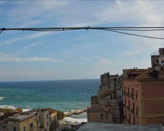 Torre Paradiso - Minori - Outdoors view