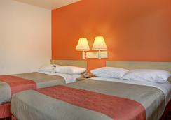 波特蘭中央 6 號汽車旅館 - 波特蘭 - 波特蘭(俄勒岡州) - 臥室