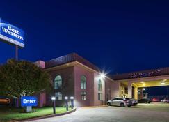 Best Western Windsor Inn - Dumas - Building