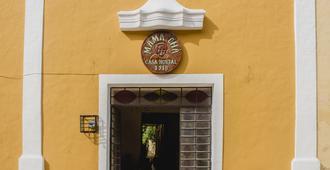 Casa & Hostal Mamacha - Valladolid